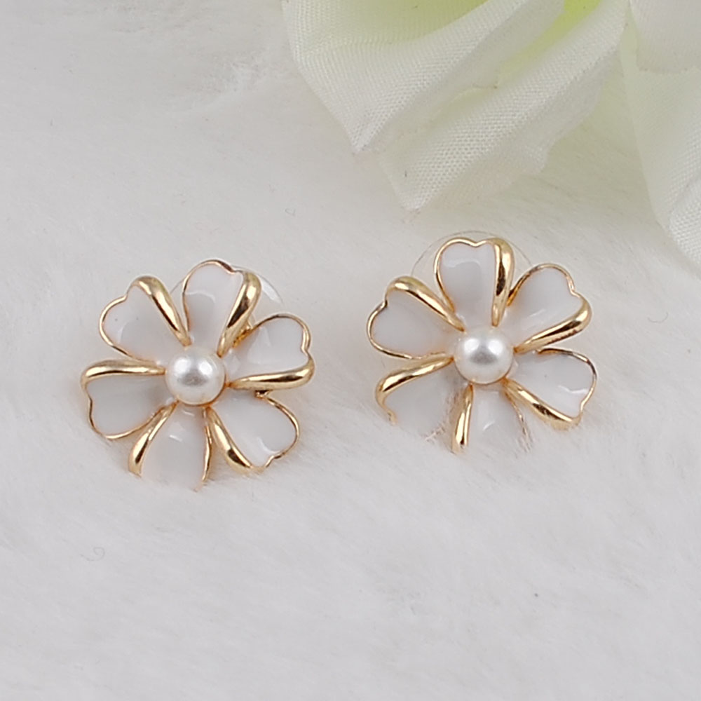 New Fashion Big White Flower Earrings For Women 2017 Light Gold