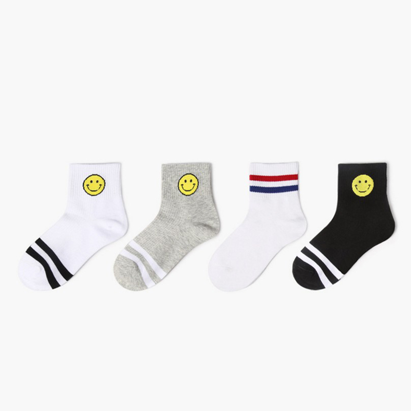 Happy Colorful breathable Cotton socks smile faces spring atumn summer Winter Funny Dress Mens women Socks crew hot selling