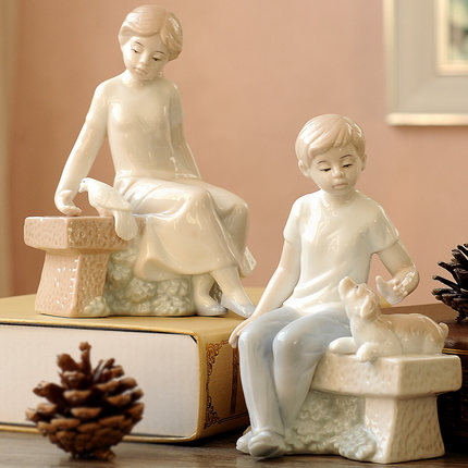 Creative ceramic girl and boy with pet on desk ornaments small home decorations ceramic furnishings boys and girls birthday gift