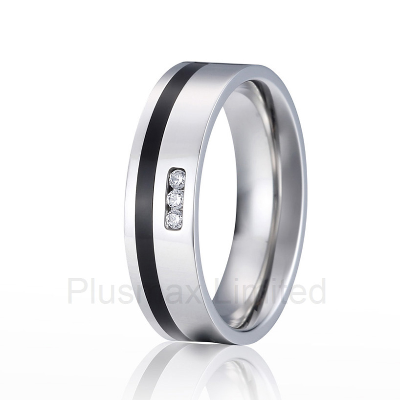 2016 Anel Titanium elegant Style black inlay cz stone high polishing womens pure titanium promise wedding rings anel feminino cheap pure titanium jewelry wholesale a lot of new design cheap pure titanium wedding band rings