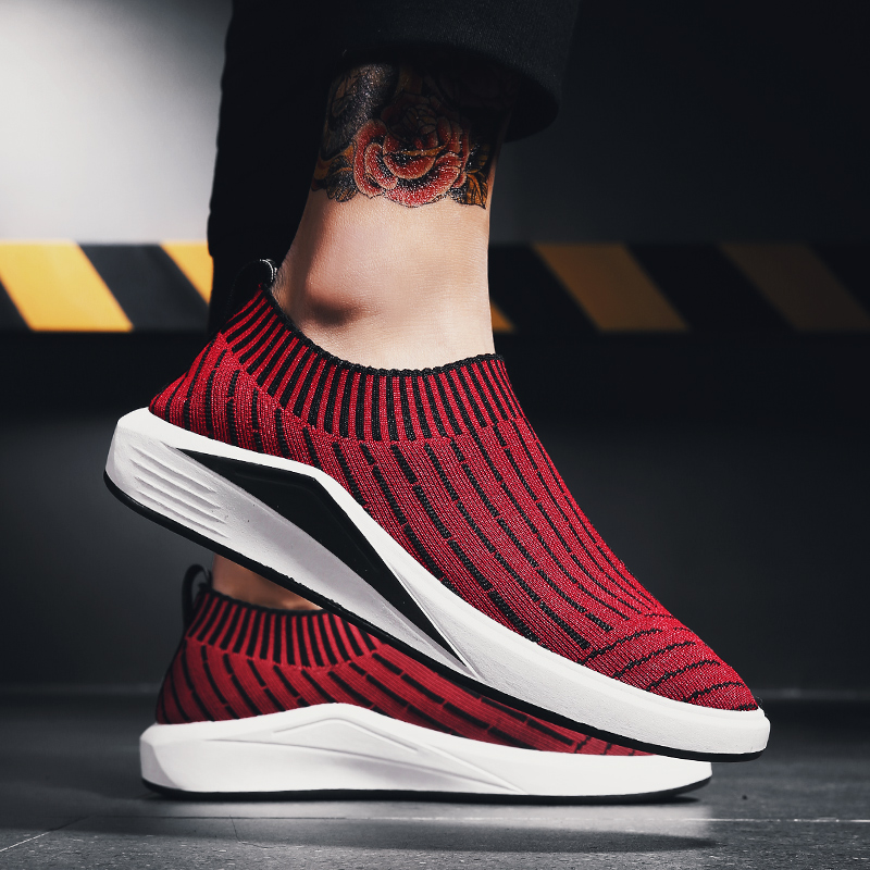 2018 summer Men Running Shoes Mesh Sock Sneakers Jogging mens slip on Shoes Sport Shoes High Quality walking sneakers Breathable2018 summer Men Running Shoes Mesh Sock Sneakers Jogging mens slip on Shoes Sport Shoes High Quality walking sneakers Breathable