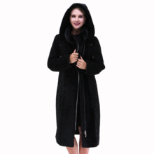 2017 new style Genuine leather sheepskin women's coat Nature mink Collar Winter Cold resistant Overcoat Women's Clothing