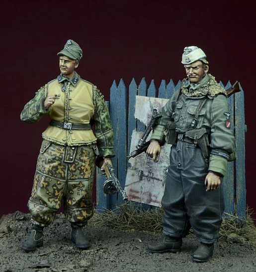 1:35  Waffen SS Foreign Volunteers Winter 1943-45