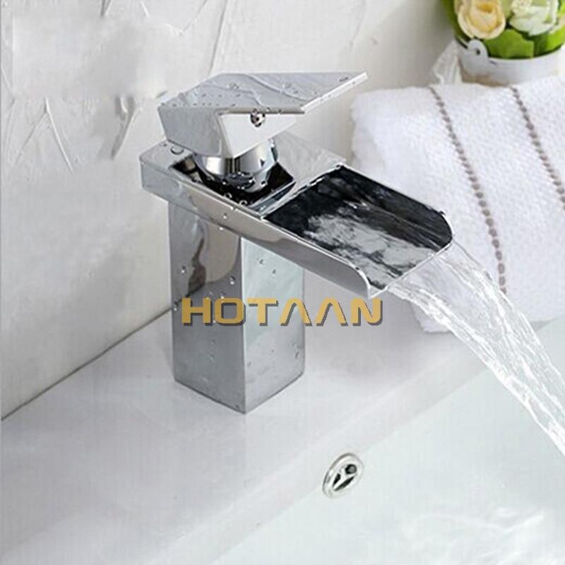 lavatório do banheiro de alta qualidade latão