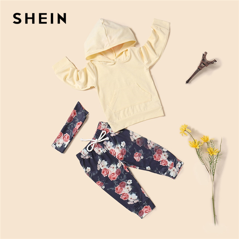 цена SHEIN Kiddie Toddler Girls Hoodie And Floral Print Pocket Drawstring Pants With Headband Girls Set Long Sleeve Casual Girl Suit