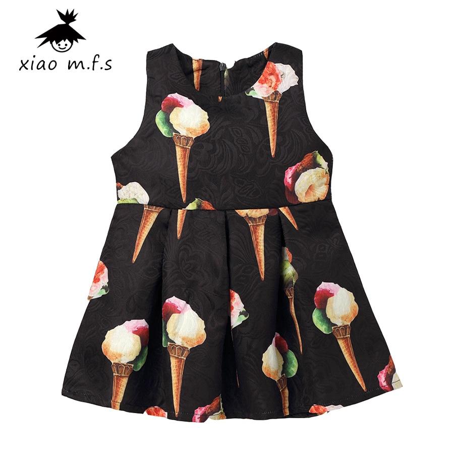 Черное платье с мороженым