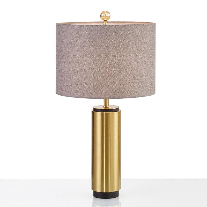 Europäischen Luxus Lampe Retro Einfache Harz Handwerk Tischlampe Klassische Dekorative Tischlampe Lampen & Schirme
