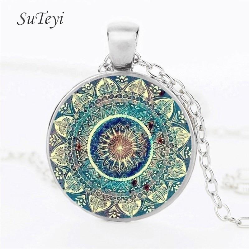 Suteyi Vintage Glass Dome Necklace