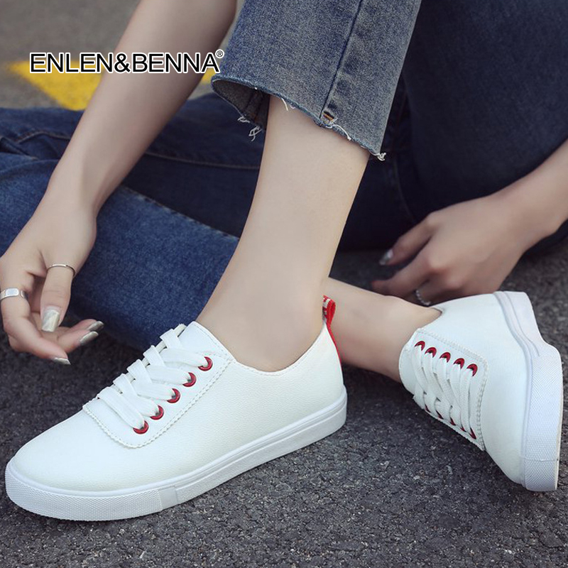 2018 New Spring Summer White Black Shoes Sneakers Women Flat Leather Canvas Shoes Lace up Female Board Shoes Casual Shoes Female цены онлайн