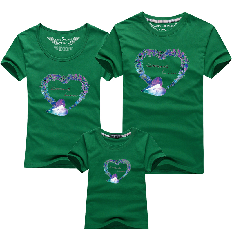 HTB1hzR0PFXXXXXLXXXXq6xXFXXXY - Mommy and Me Clothes Family Look Summer LOVE Ggarland Pattern Family T Shirt Father and Son Clothes Family Matching Outfits