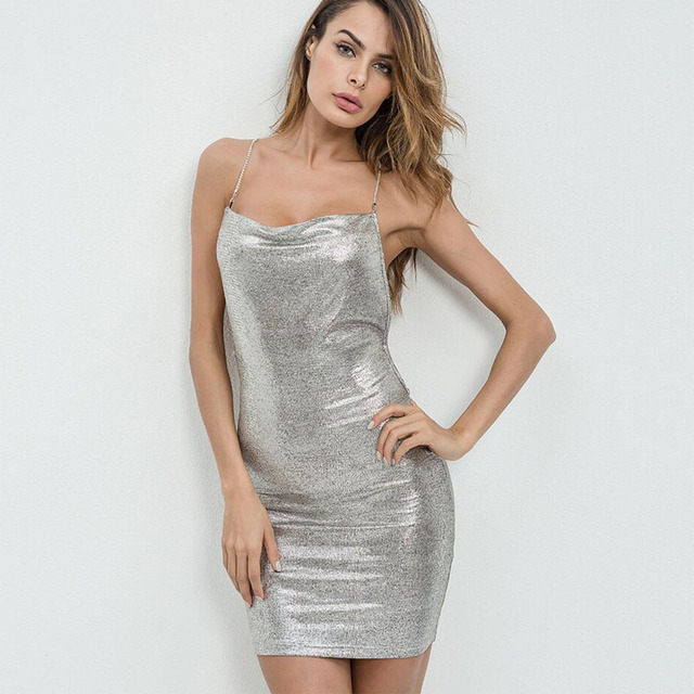 e8c74cefa6 2018 Ano Novo Mulheres Vestidos Sexy Magro Backless Mini vestido de Festa  Vestido Ocasional Das Mulheres