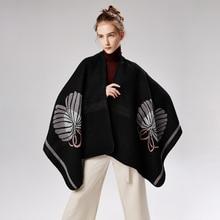 c201955d1233 2018 nouvelle mode D hiver de Femmes Écharpe Couverture Qualité Femelle  Poncho Chaud Laine Ponchos Capes Long Tricot Épais Femme.