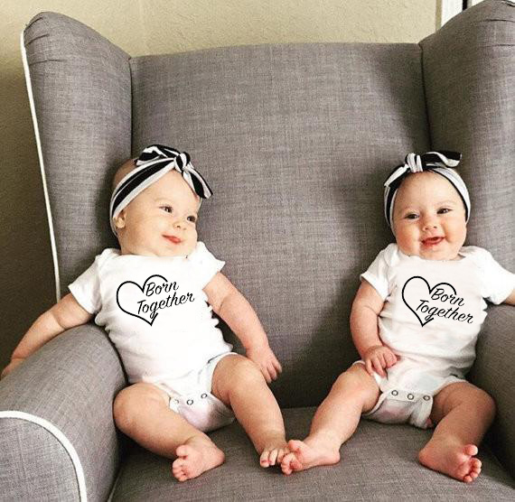 Cute Twin Baby Bodysuit NewBorn Twins Gift Clothes Born Together Print Clothing Baby Twins Jumpsuit Kids Clothing 0-24Months