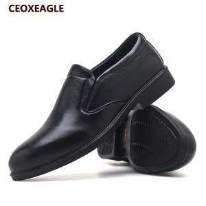 Image 5 - New Spring Black Men Dress Shoes Men Business Flat Shoes Black Genuine Leather High Quality Soft Low Top Men Formal Office Shoes