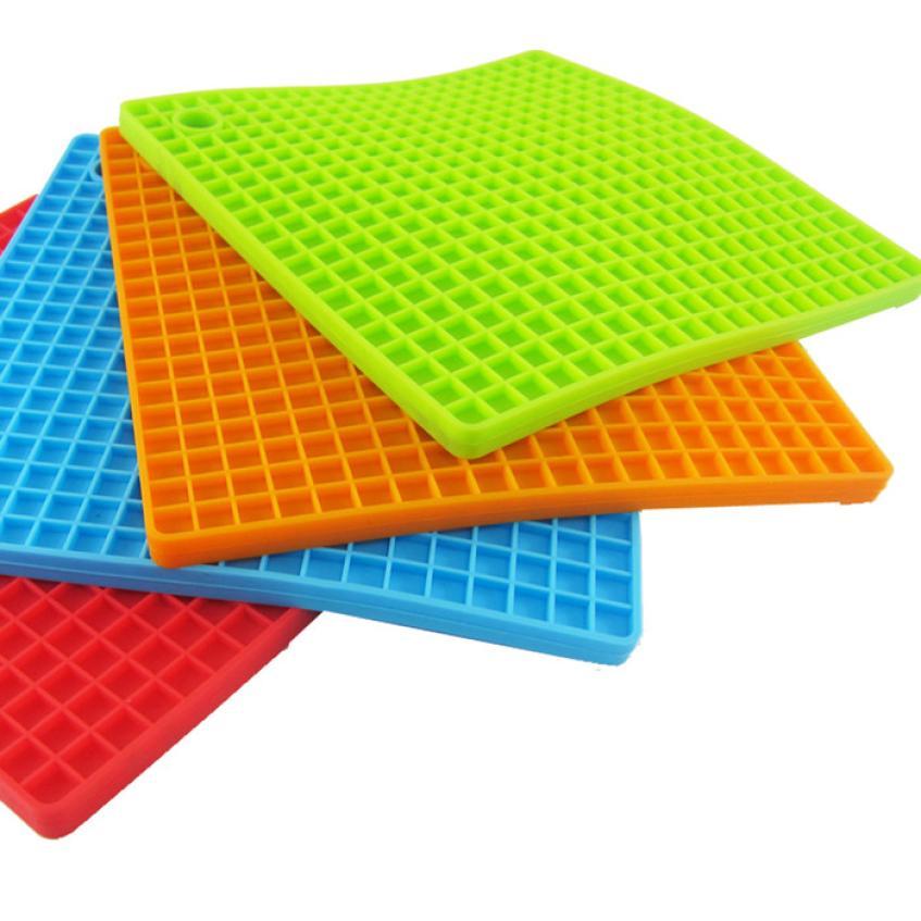 Square Honeycomb Silicone Insulation Cushion Holder