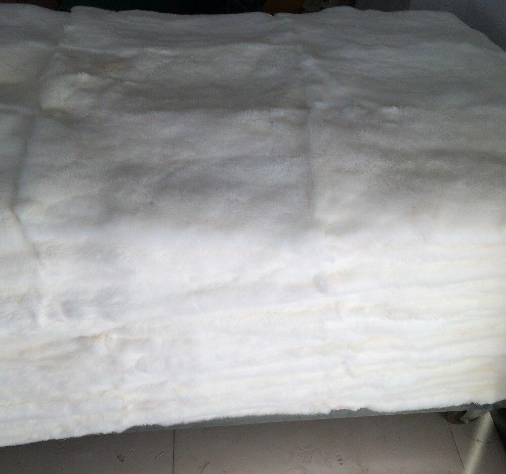 Couverture de tapis de fourrure de lapin Rex de qualité supérieure plaque de fourrure de lapin Rex blanc naturel
