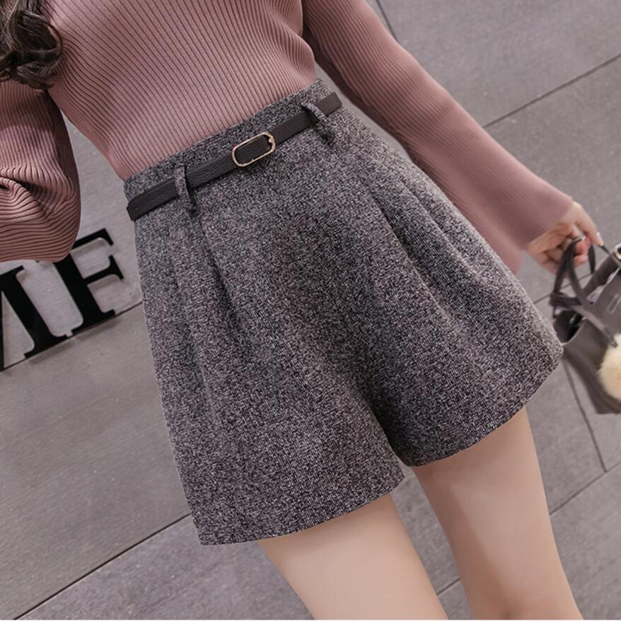 2018 Autumn Winter Women Woolen Shorts High Waist Houndstooth Shorts Fashion Female Casual Boot Cut Jeans Shorts Women LY235 Шорты