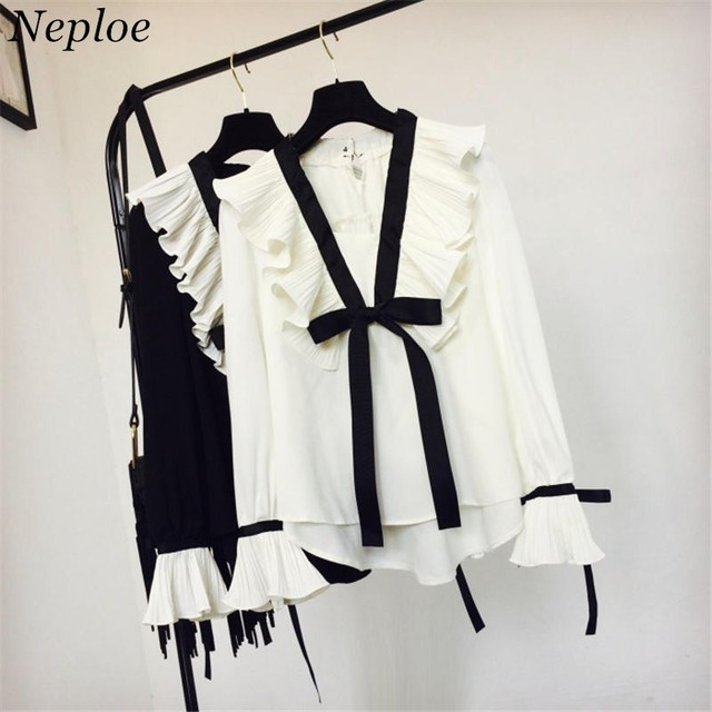 Neploe Sweet Pleated Ruffle Patchwork Blouse Shirts V-neck Lace-up Bow Tie Blusas Top 2018 New Women Elegant Chiffon Shirt 37276