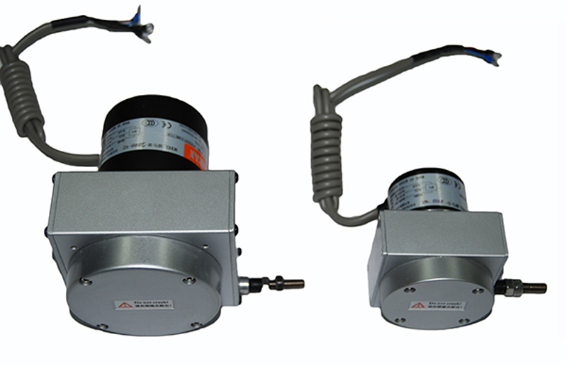 Pour capteur de déplacement de ligne de câble de traction de MPS-S-1000mm-mA sortie de courant 4-20mA capteur de déplacement de fil de traction de 1000mm