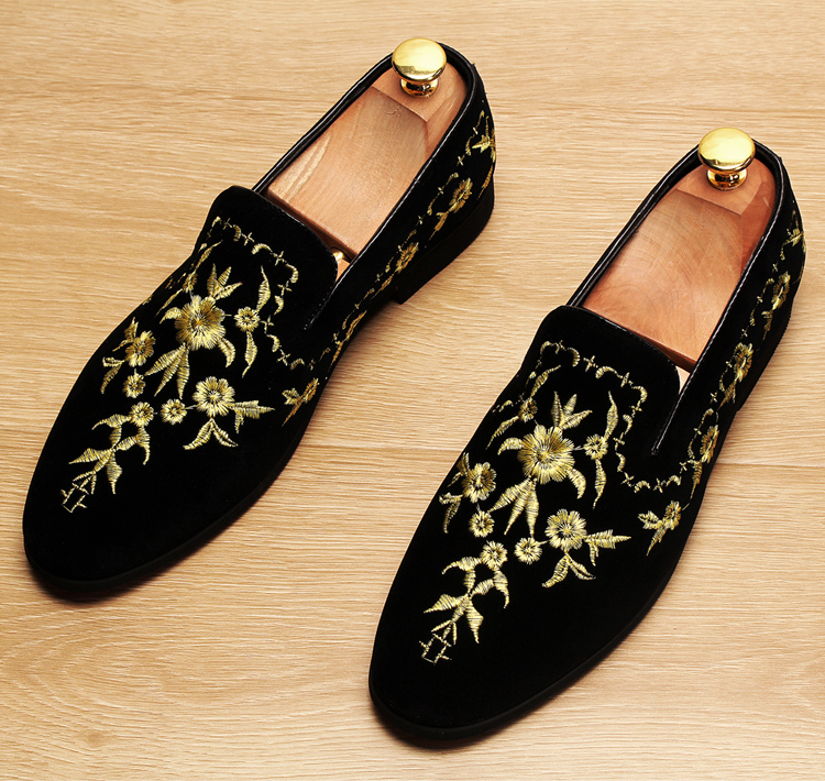 Men 2019 luxury Brand Designer shoes flock velvet Sun flower Embroidery gentleman loafers Dress Wedding driver Italian flats 11