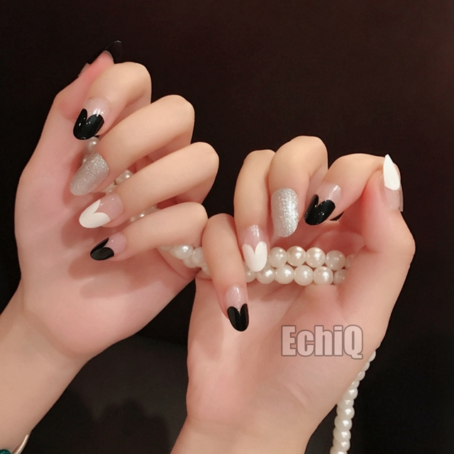 Classic Black White Artficial Nails Glitter Decorations Cute Heart ...