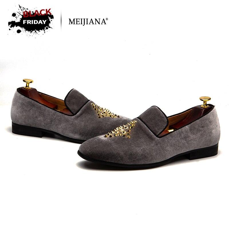 MEIJIANA 2018 Fashion Loafers Men Shoes Men s Rivet Suede Leather Loafer  Shoes Slip-on Loafer aff67d8d9466