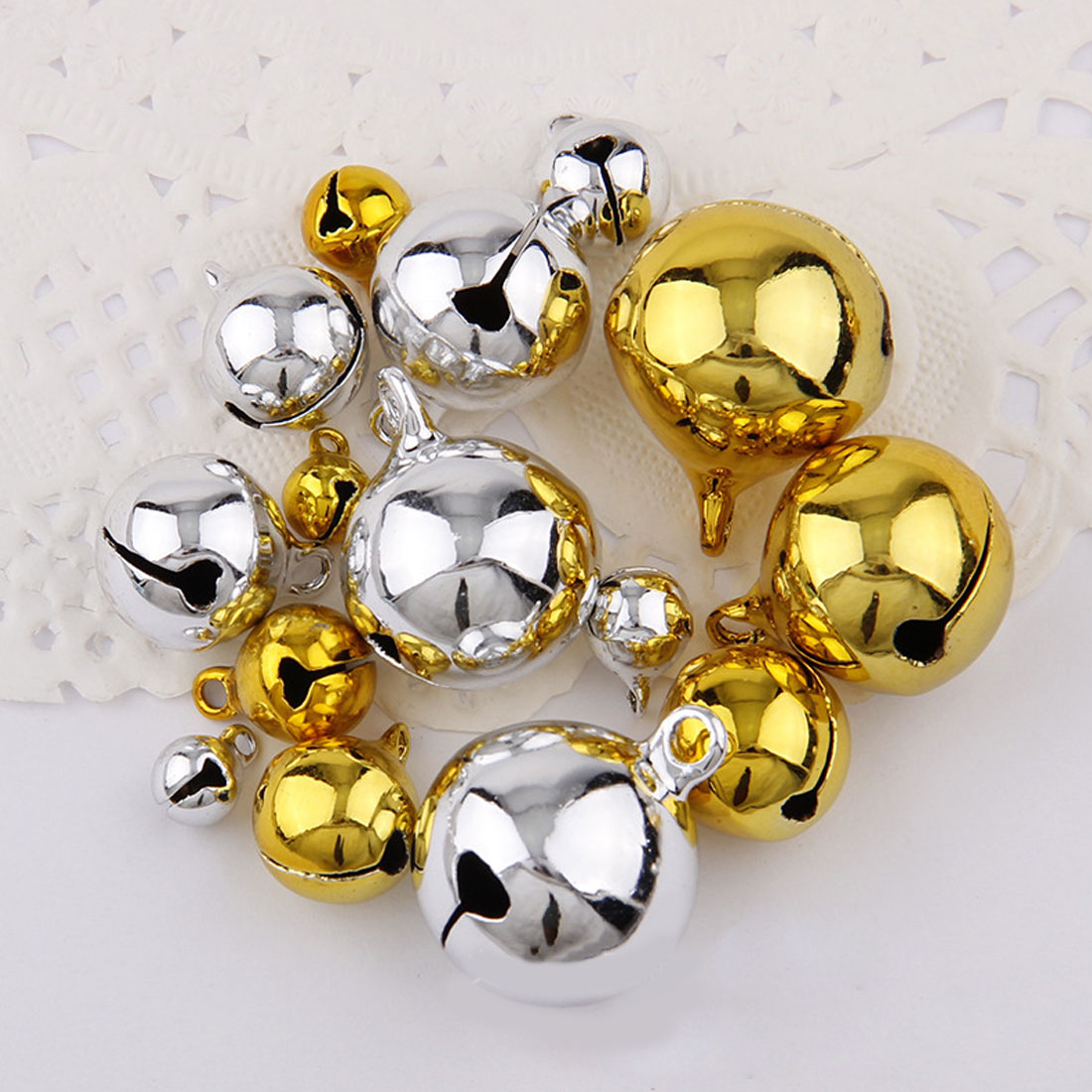 Christmas Jingle Bells Gold or Silver Ideal for Xmas Crafts Packs of 10