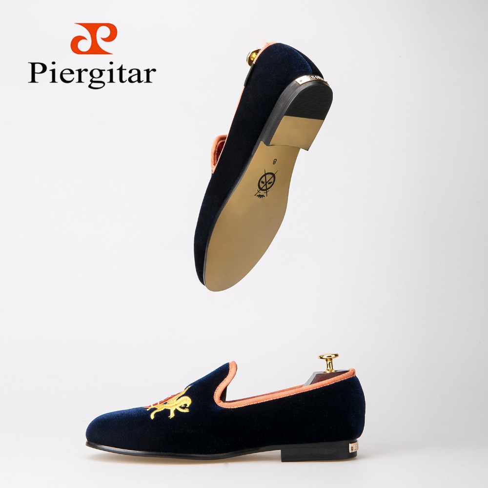Refinement Embroidery Navy Upper Gold Outsole Velvet Shoes  Men Loafers Smoking Slipper Men Flats size US 4-14 Free shipping loafers men india golden silk weaving pattern crown and leaf design flats velvet shoes men loafers noble temperament
