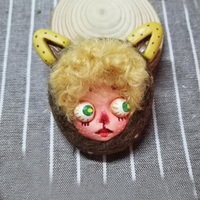 Handmade Gothic Creep Doll Face Clay Jewelry Brooch Scary Clay Dolls Hand Painted Lapel Pin Halloween Doll Brooches Vintage