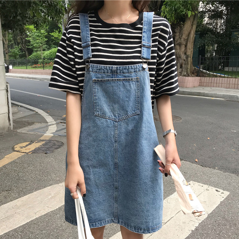 5bcafa55b0 2018 Summer Women Flower Embroidery Denim Jumper Dress Pocket Adjustable  Strap Jeans Bib Overall Dress Korean Slim Mini Dress-in Dresses from Women s  ...