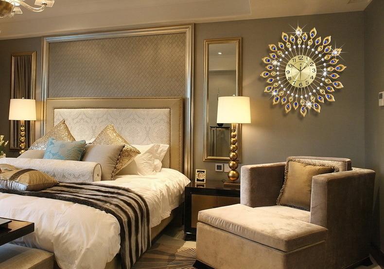 Luxury Creative European Modern Iron Rhinestone Living