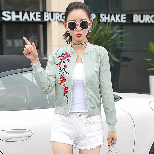 women basic coats 2018 spring summer fashion cropped embroidery bomber jacket ladies thin cropped baseball jackets bombers 2