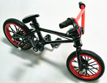 2015 Professional Flick Trix Red&Black Finger Bmx Diecast Nickel Alloy Stents Finger Bicycle Adult Novelty Mini Toys