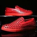 Bling glitter nuevos zapatos casuales diseño de impacto pico shinning de lujo los hombres de la marca zapatos 2016 remaches studs mocasines planos del ballet para hombres