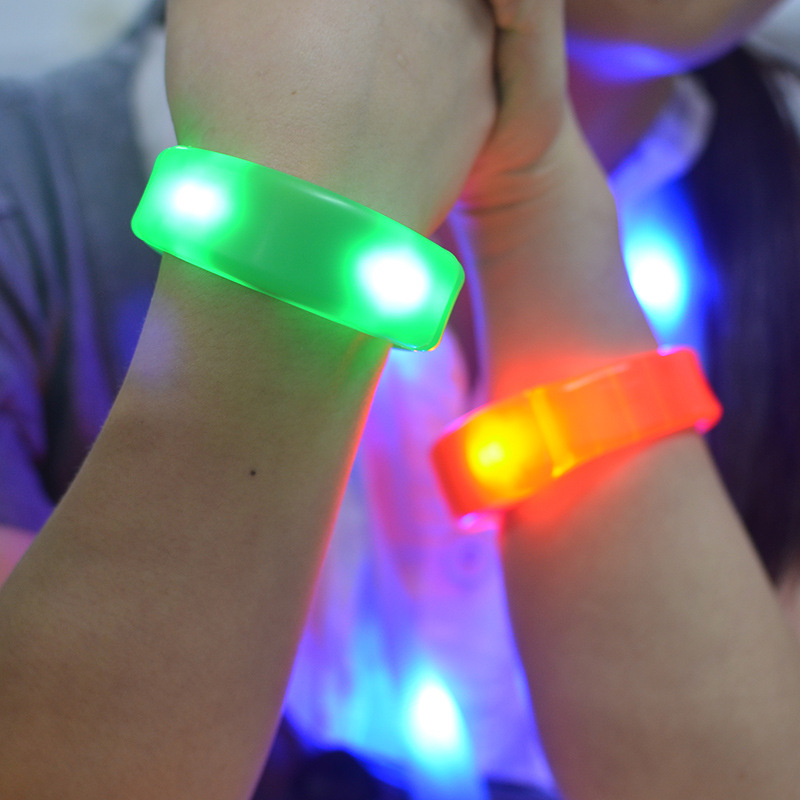 7 Color Sound Control Led Flashing Bracelet Light Up Bangle Wristband Music Activated Night Light Club Activity Party Bar Disco