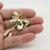 Borboleta Broches de Animais de Cerâmica Cristais Broche Pinos Mulheres Acessórios Jóias Presentes de Aniversário 3716