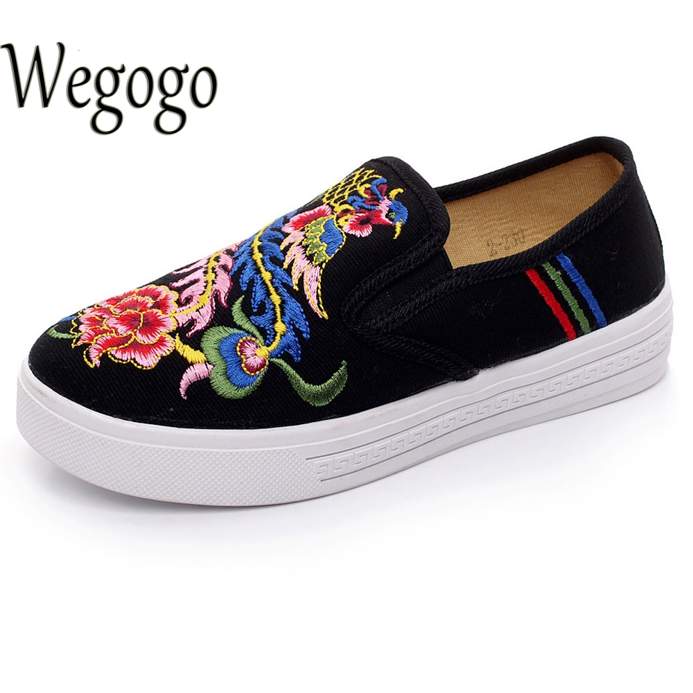 Vintage Women Flats Shoes Phoniex Embroidered Casual Canvas Platform Loafers Ladies Slip On Shoes Cotton Sapato Feminino vintage embroidery women flats chinese floral canvas embroidered shoes national old beijing cloth single dance soft flats