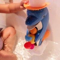 1ピース/セット子供風呂のおもちゃイルカダックベビーバスプレイタップ支えスプレーシャワースプレー水ホイールタイプ手を染めおもちゃ浴
