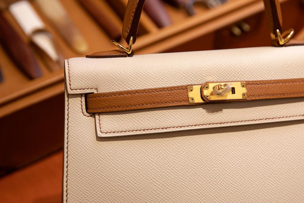 La plus haute qualité dames de luxe mode sac à bandoulière 100% en cuir marque célèbre dames sacs à main tout à la main couleur assortie 25-in Sacs à bandoulière from Baggages et sacs    2
