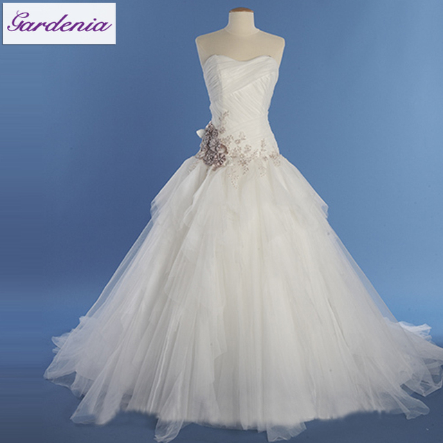 High Quality Beautiful A Line Sweetheart Low Back Flower Liqued Ruffle Tulle Skirt Mannequin For Wedding