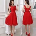 Rojo corto de dama de honor vestidos rebordear a-line fuera del hombro vestidos de novia partido gasa hasta la rodilla dama de honor por encargo