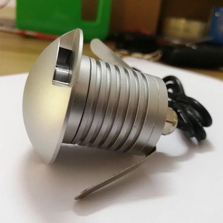 Lampada A LED Sotterraneo Lampada 3 w 12 v IP68 Per Esterni Da Incasso A Pavimento della Piattaforma Terra Spot di Illuminazione Interrata Uplight Vialetto lastricato in Calcestruzzo luce