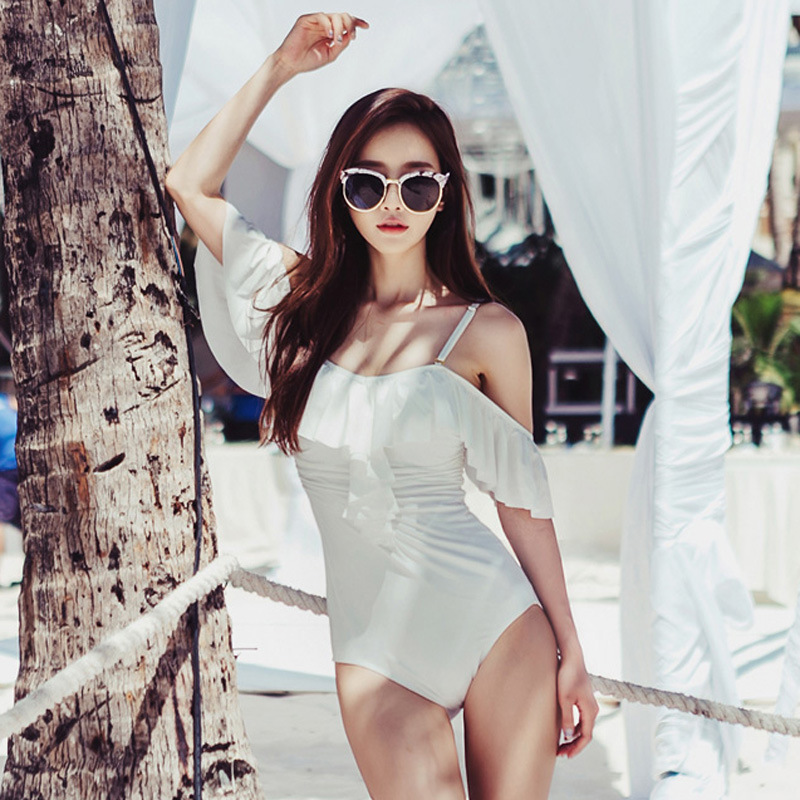 Sexy One Piece Swim Suits Plavky Girls Lady Bikini 2017 May Beach New Suit Triangle Lovely Leaf Pure Color White Black Damy