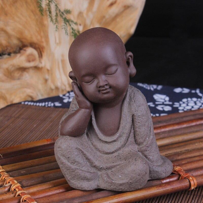 Céramique petit moine bouddha Statues thé animal de compagnie créatif articles d'ameublement petite parure décor à la maison ornement paysage