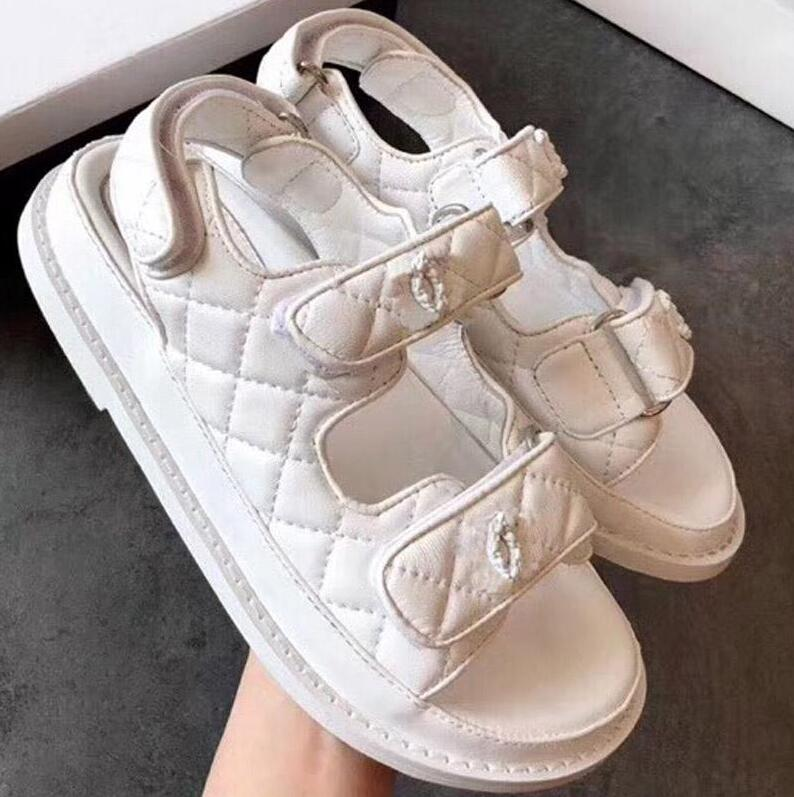 2019 Super Logo brand designer sandals sandals are made of vintage leather The women sandals Womens shoes2019 Super Logo brand designer sandals sandals are made of vintage leather The women sandals Womens shoes