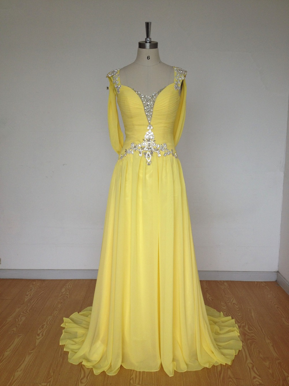 Yellow Women Formal   Evening     Dresses   Luxury Crystals Beading 2017 Plus Size Formal Gowns Sexy Open Back   Evening   Gowns
