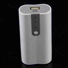 USB Cell Energy Financial institution Battery Charger Field Case For MP3 MP4&Cell Telephone