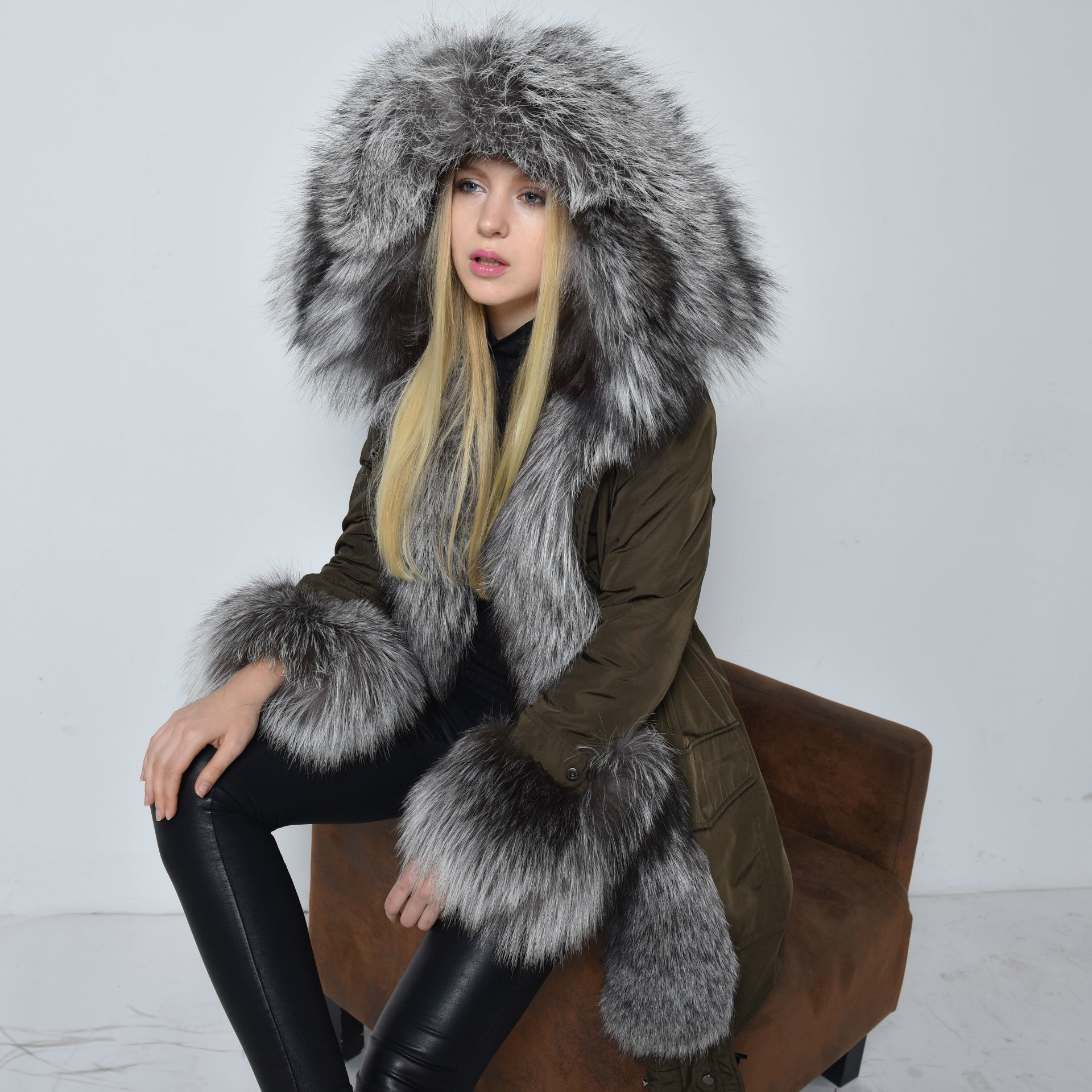 Super Silver Fox Fur Brand   Down     Coat   New Winter Women's Luxurious Long   Down   Jackets Female Thicken Outerwear Parkas YR08