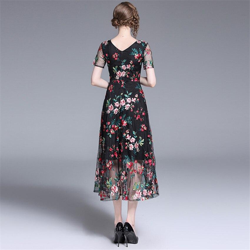 2019 Robe d'été femmes à manches courtes Sexy pure Floral broderie maille Robe dames Vintage robes mi-mollet Robe Femme - 3