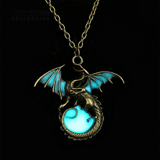 New Game of Throne dragon Punk Luminous Dragon Pendants & Necklaces GLOW in the DARK dragon amulet Sweater Chain Gift ancient